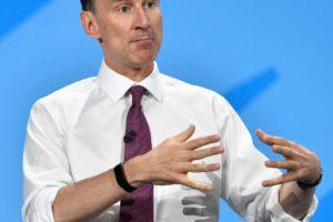 Britannian ulkoministeri Jeremy Hunt on haastanut Boris Johnsonin konservatiivipuolueen puheenjohtajakisassa. Kuva: NEIL HALL