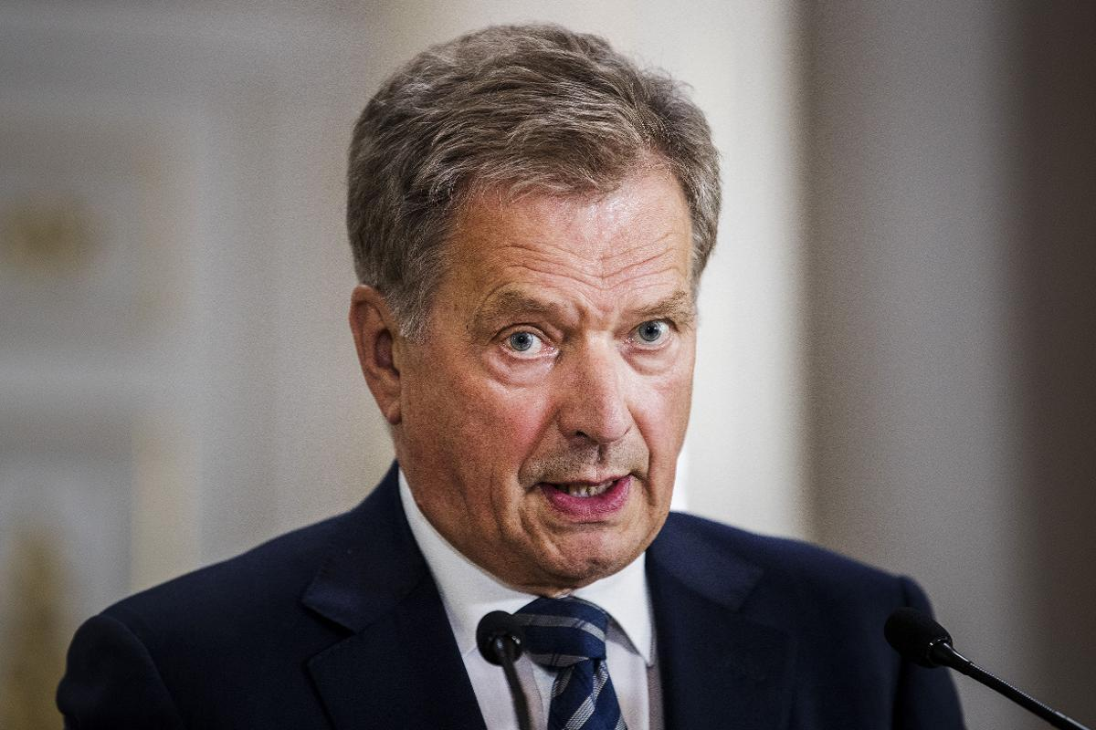 President Sauli Niinistö and Prime Minister Sanna Marin announced a new initiative called 'Finland Forward' which aims to support the mental wellbeing of the nation during the coronavirus epidemic. Kuva: Silja Viitala