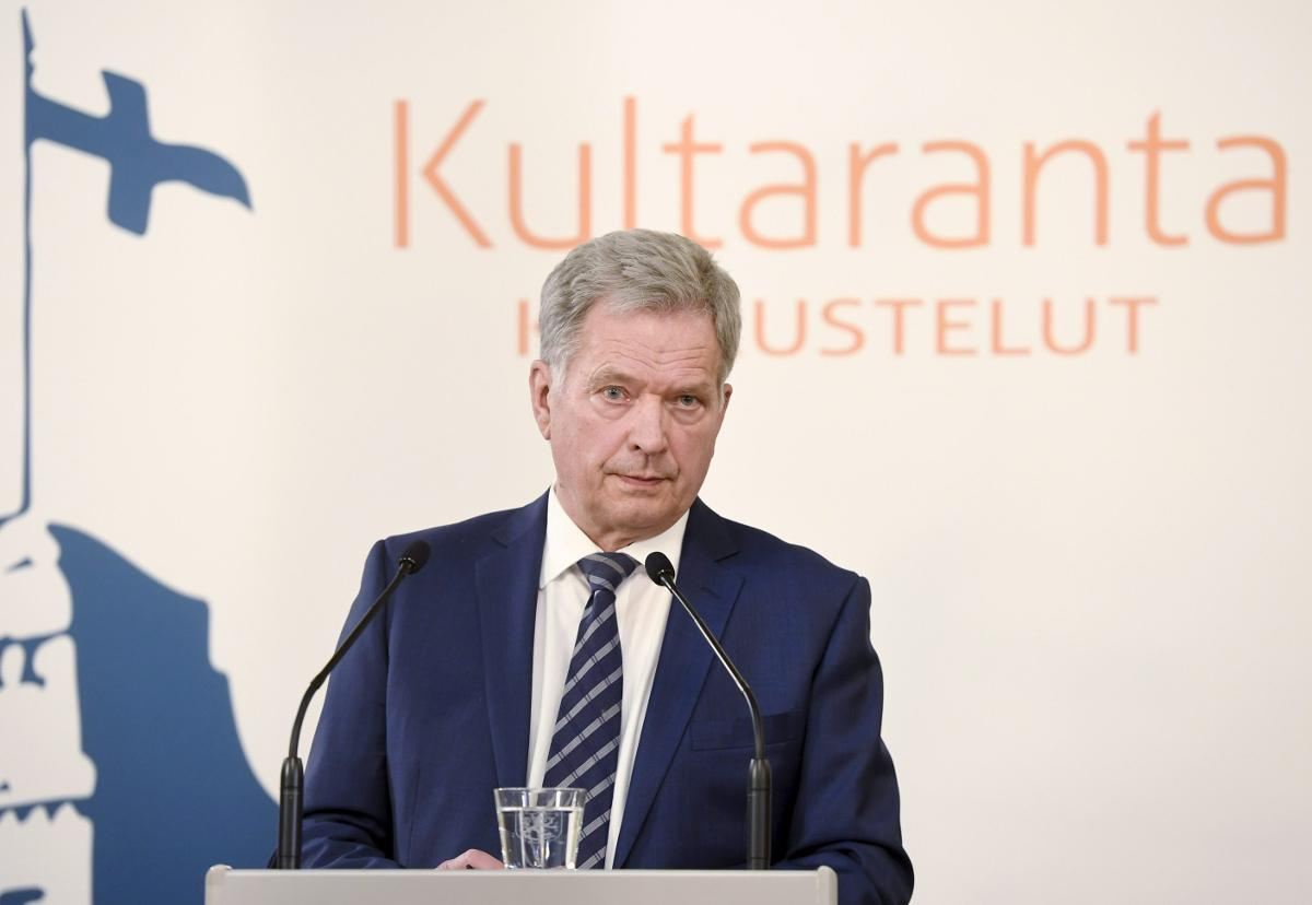 President Sauli Niinistö criticises the idea of bailing out eurozone countries during the coronavirus pandemic. He seems to be at odds with the Finnish Government which has broadly welcomed the proposals put forward by the French and Germans. Kuva: Heikki Saukkomaa